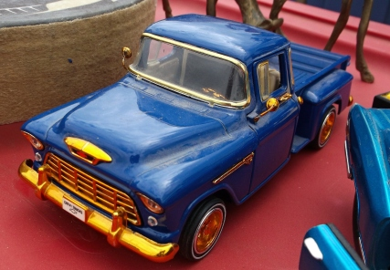 Automobile models at the Roseville auction